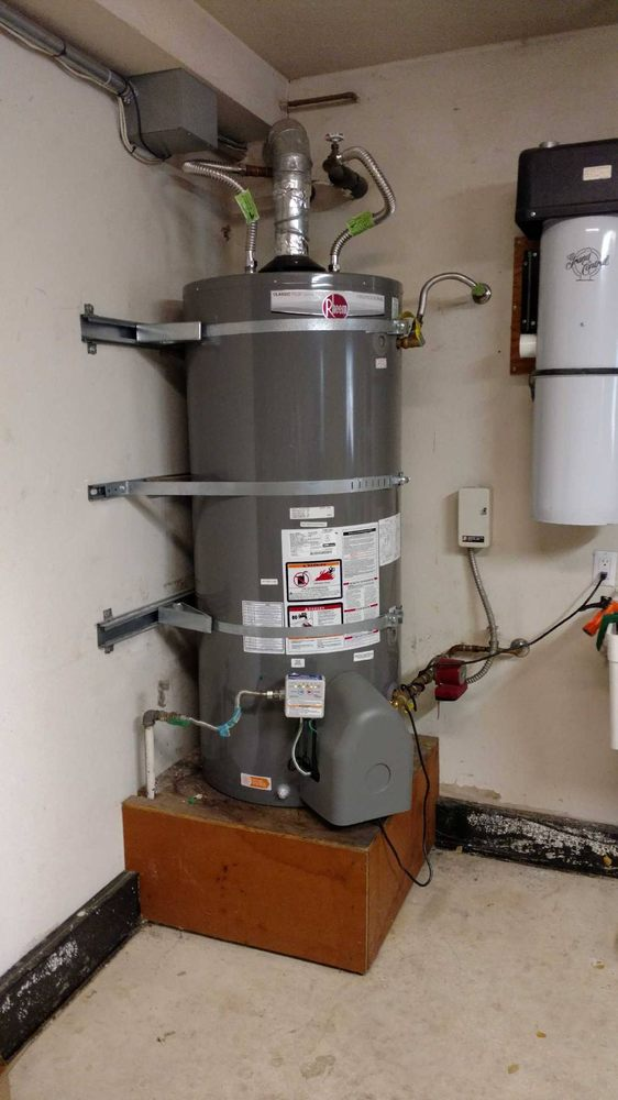traditional gas powered rheem water heater installed in home in walnut creek